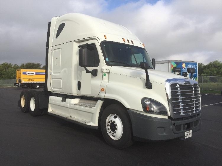 Sleeper Tractor-Heavy Duty Tractors-Freightliner-2015-Cascadia 12564ST-SAN ANTONIO-TX-275,579 miles-$71,000