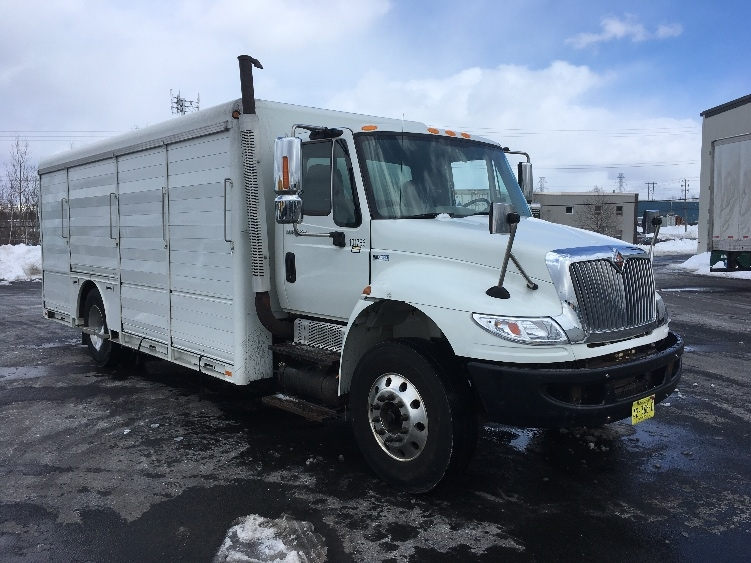 Beverage Truck-Light and Medium Duty Trucks-International-2015-4300-DARTMOUTH-NS-289,035 km-$42,000