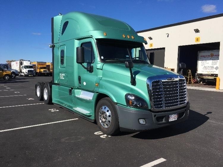 Sleeper Tractor-Heavy Duty Tractors-Freightliner-2015-Cascadia 12564ST-DARTMOUTH-NS-947,948 km-$64,500