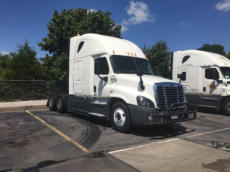 Sleeper Tractor-Heavy Duty Tractors-Freightliner-2015-Cascadia 12564ST-LA VERGNE-TN-576,229 miles-$48,000