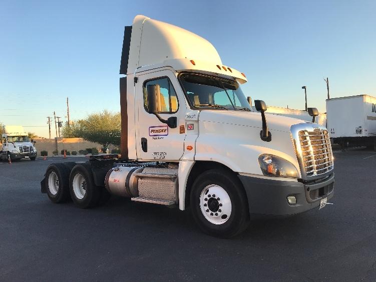 Day Cab Tractor-Heavy Duty Tractors-Freightliner-2015-Cascadia 12564ST-PHOENIX-AZ-737,106 miles-$42,250