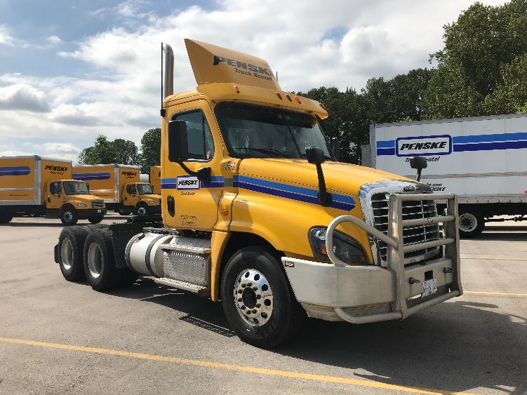 Day Cab Tractor-Heavy Duty Tractors-Freightliner-2015-Cascadia 12564ST-DELTA-BC-272,072 km-$67,750