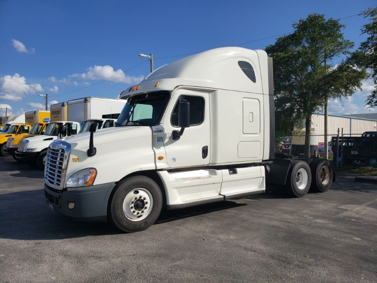 Sleeper Tractor-Heavy Duty Tractors-Freightliner-2015-Cascadia 12564ST-ORLANDO-FL-665,083 miles-$38,750