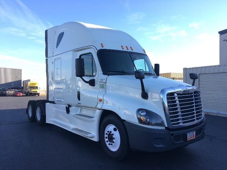 Sleeper Tractor-Heavy Duty Tractors-Freightliner-2015-Cascadia 12564ST-WEST VALLEY CITY-UT-783,934 miles-$46,250