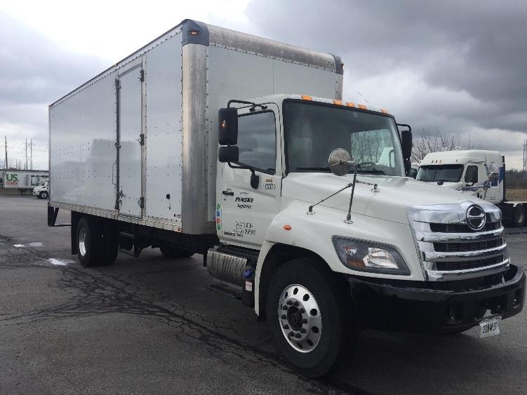 Medium Duty Box Truck-Light and Medium Duty Trucks-Hino-2015-338-KANSAS CITY-MO-157,252 miles-$47,500