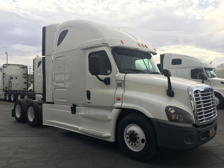 Sleeper Tractor-Heavy Duty Tractors-Freightliner-2015-Cascadia 12564ST-WEST VALLEY CITY-UT-611,864 miles-$50,500