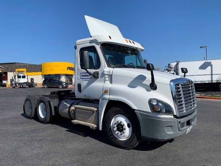 Day Cab Tractor-Heavy Duty Tractors-Freightliner-2015-Cascadia 12564ST-AUSTIN-TX-175,510 miles-$53,750