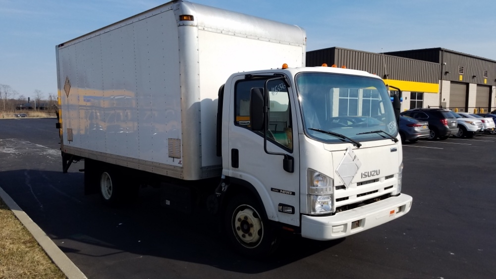 Medium Duty Box Truck-Light and Medium Duty Trucks-Isuzu-2015-NRR-WEST HAVEN-CT-156,166 miles-$32,000