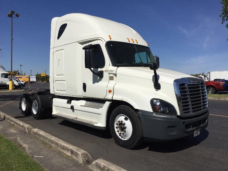 Sleeper Tractor-Heavy Duty Tractors-Freightliner-2015-Cascadia 12564ST-SAN ANTONIO-TX-262,778 miles-$79,750