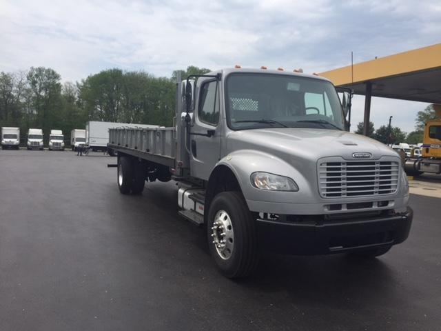 Flatbed Truck-Light and Medium Duty Trucks-Freightliner-2015-M2-BURLINGTON-NJ-146,135 miles-$40,250