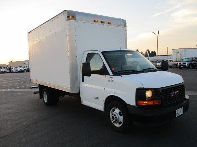 Light Duty Box Truck-Light and Medium Duty Trucks-GMC-2015-Savana G33803-TORRANCE-CA-66,004 miles-$29,750