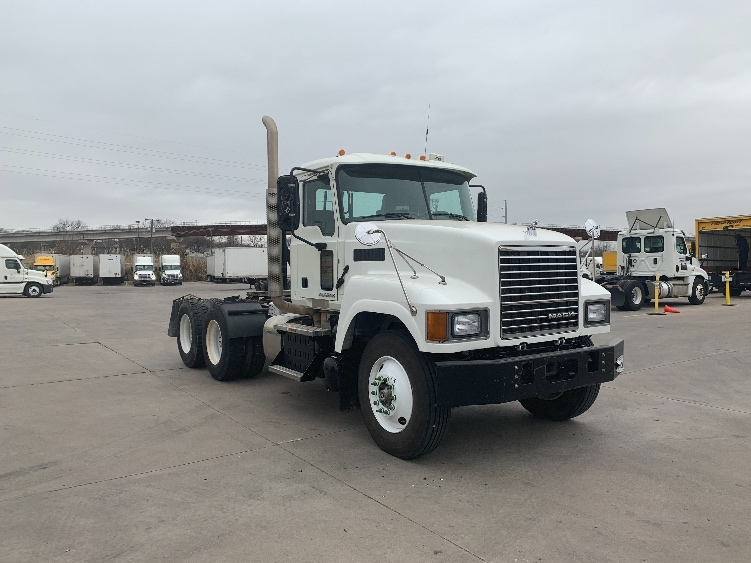Day Cab Tractor-Heavy Duty Tractors-Mack-2015-CHU613-FORT WORTH-TX-197,964 miles-$73,750