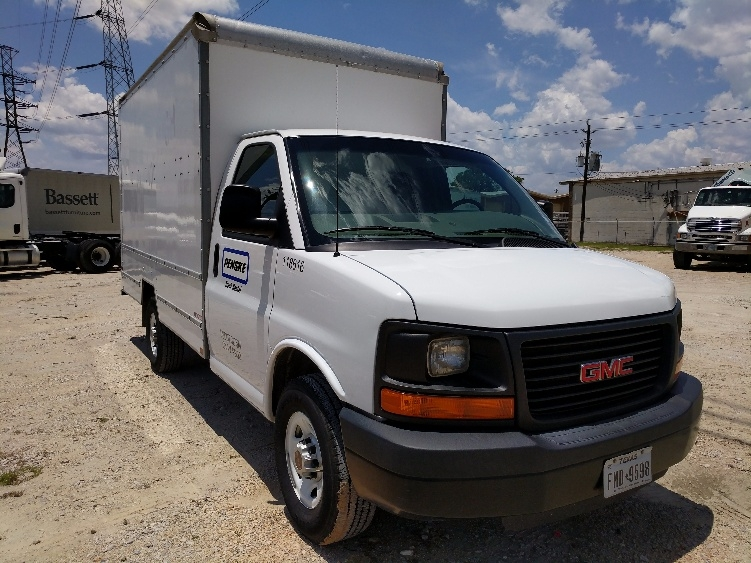 Light Duty Box Truck-Light and Medium Duty Trucks-GMC-2015-Savana G33503-HOUSTON-TX-57,500 miles-$27,250