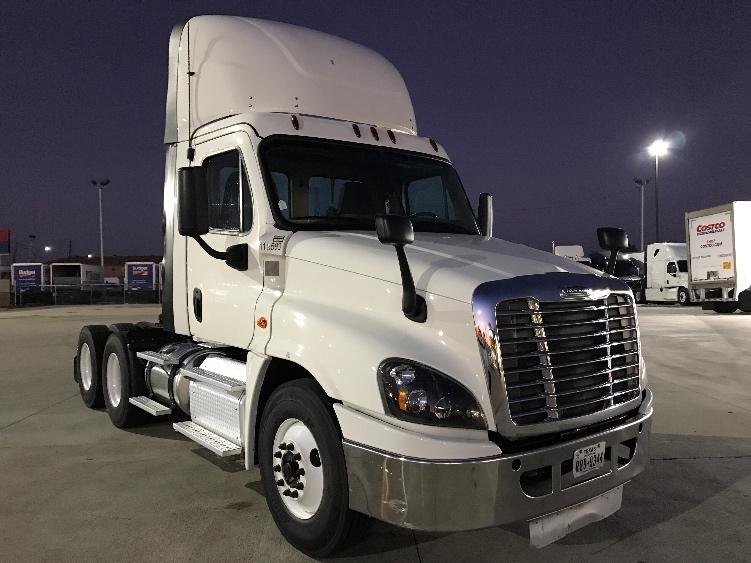 Day Cab Tractor-Heavy Duty Tractors-Freightliner-2015-Cascadia 12564ST-ARLINGTON-TX-113,757 miles-$66,250