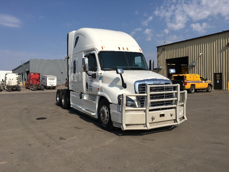 Sleeper Tractor-Heavy Duty Tractors-Freightliner-2015-Cascadia 12564ST-CALGARY-AB-793,308 km-$54,250