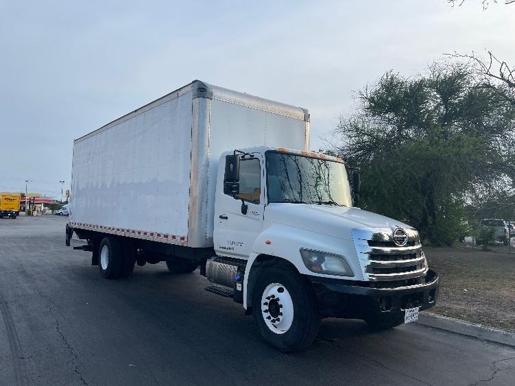 Medium Duty Box Truck-Light and Medium Duty Trucks-Hino-2015-268-HAMMOND-LA-140,294 miles-$50,500