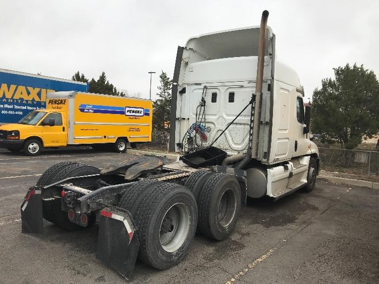 Sleeper Tractor-Heavy Duty Tractors-Freightliner-2015-Cascadia 12564ST-DENVER-CO-791,802 miles-$21,000
