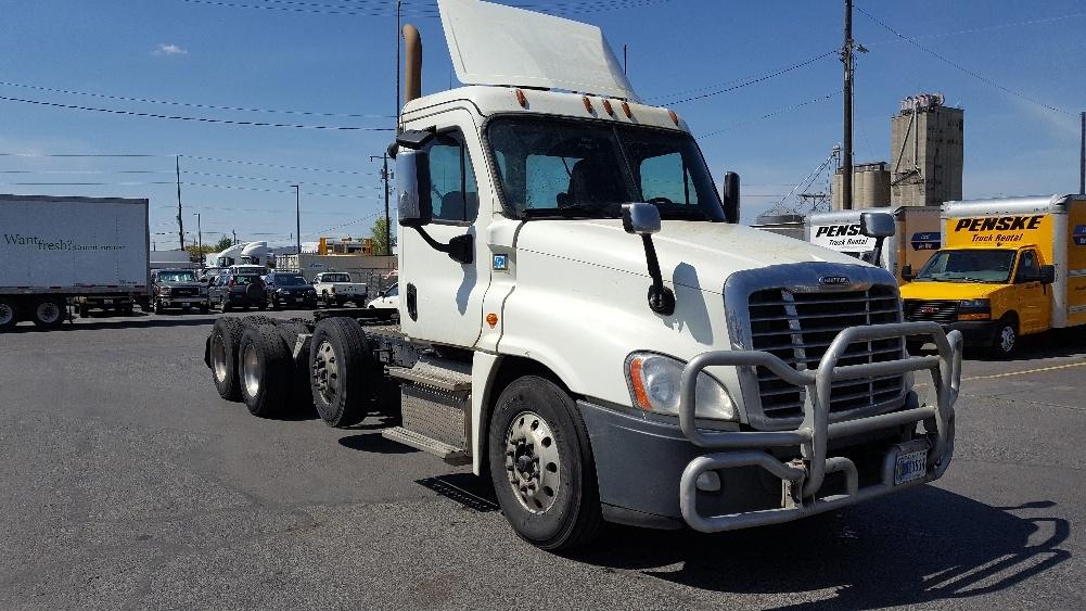Day Cab Tractor-Heavy Duty Tractors-Freightliner-2016-Cascadia 12584ST-SPOKANE VALLEY-WA-477,388 miles-$62,500