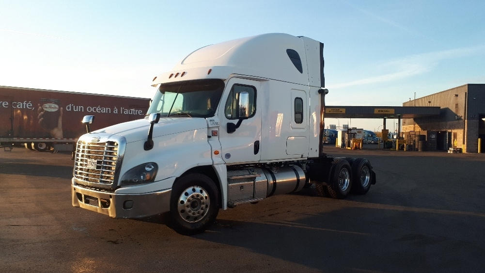 Sleeper Tractor-Heavy Duty Tractors-Freightliner-2016-Cascadia 12564ST-MISSISSAUGA-ON-572,351 km-$77,500