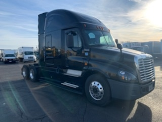 Sleeper Tractor-Heavy Duty Tractors-Freightliner-2016-Cascadia 12564ST-BROOK PARK-OH-405,659 miles-$63,750