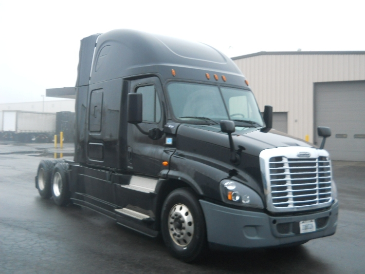 Sleeper Tractor-Heavy Duty Tractors-Freightliner-2016-Cascadia 12564ST-BROOK PARK-OH-359,600 miles-$46,000