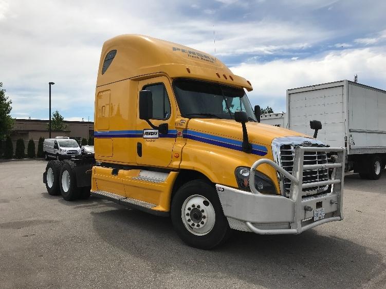 Sleeper Tractor-Heavy Duty Tractors-Freightliner-2016-Cascadia 12564ST-DELTA-BC-437,982 km-$60,000