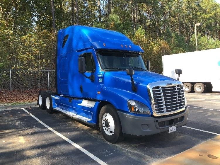 Sleeper Tractor-Heavy Duty Tractors-Freightliner-2016-Cascadia 12564ST-MEBANE-NC-402,765 miles-$54,250