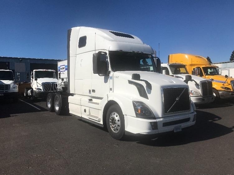 Sleeper Tractor-Heavy Duty Tractors-Volvo-2016-VNL64T670-WEST SACRAMENTO-CA-353,766 miles-$73,250
