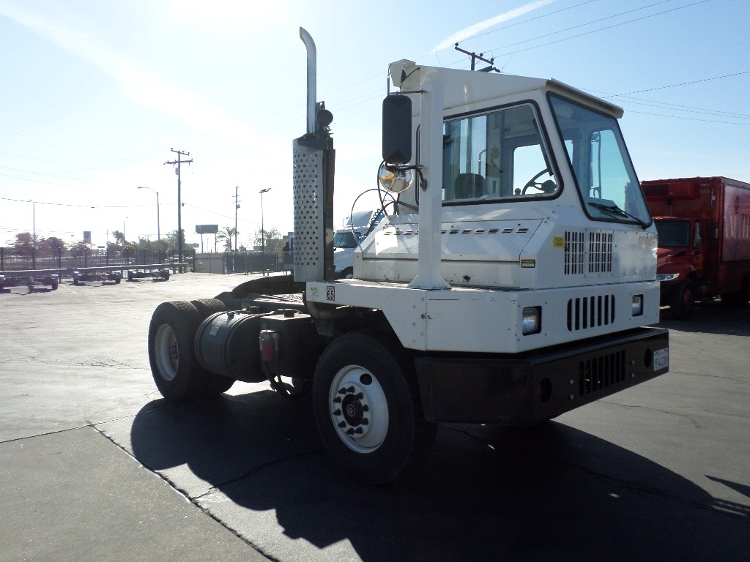 Yard Truck-Heavy Duty Tractors-Ottawa-2015-YT30-TORRANCE-CA-7,106 miles-$98,750