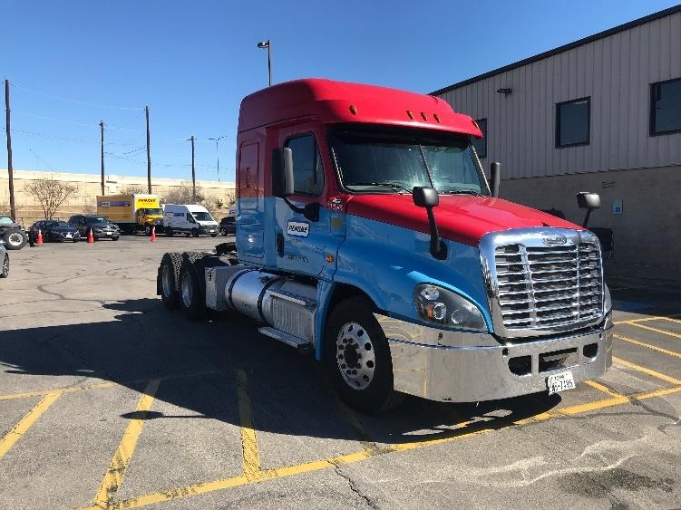 Sleeper Tractor-Heavy Duty Tractors-Freightliner-2016-Cascadia 12564ST-WACO-TX-323,787 miles-$56,750