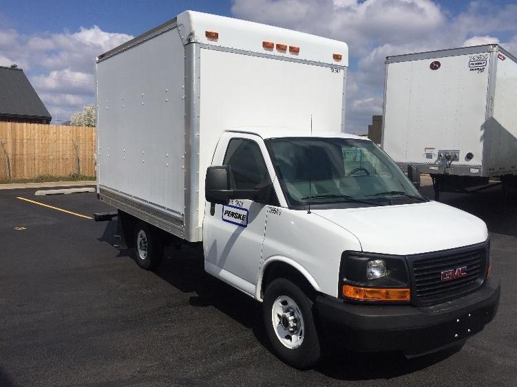 Light Duty Box Truck-Light and Medium Duty Trucks-GMC-2015-Savana G33503-TULSA-OK-42,790 miles-$29,000