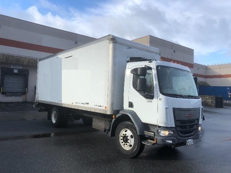 Medium Duty Box Truck-Light and Medium Duty Trucks-Peterbilt-2016-220-BURNABY-BC-84,039 km-$65,500