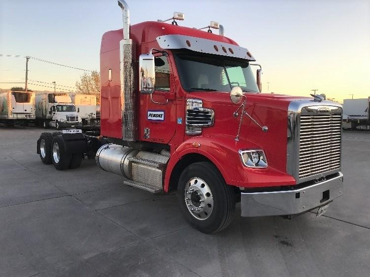 Sleeper Tractor-Heavy Duty Tractors-Freightliner-2016-CORONADO-FORT WORTH-TX-371,536 miles-$75,250