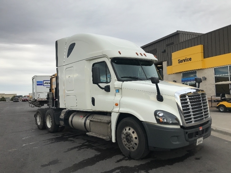 Sleeper Tractor-Heavy Duty Tractors-Freightliner-2016-Cascadia 12564ST-DENVER-CO-311,561 miles-$70,250