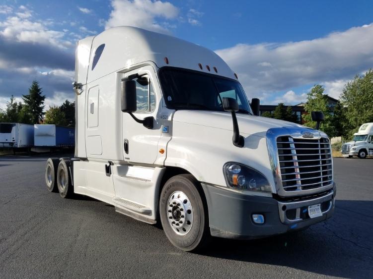 Sleeper Tractor-Heavy Duty Tractors-Freightliner-2016-Cascadia 12564ST-WILSONVILLE-OR-549,393 miles-$53,500