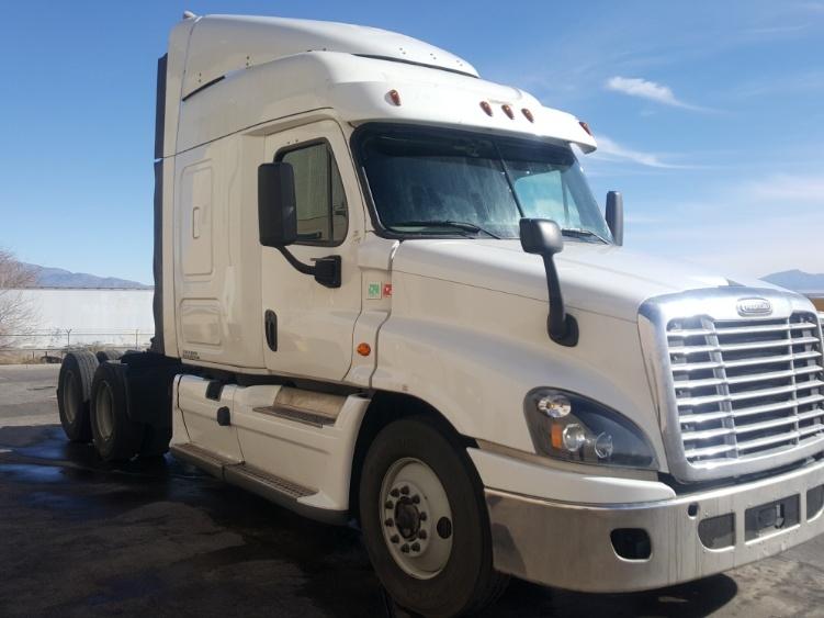 Sleeper Tractor-Heavy Duty Tractors-Freightliner-2016-Cascadia 12564ST-ALBUQUERQUE-NM-786,993 miles-$30,750