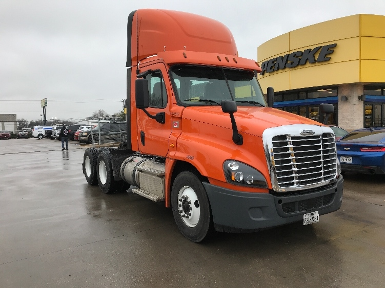 Day Cab Tractor-Heavy Duty Tractors-Freightliner-2016-Cascadia 12564ST-DALLAS-TX-152,250 miles-$86,250