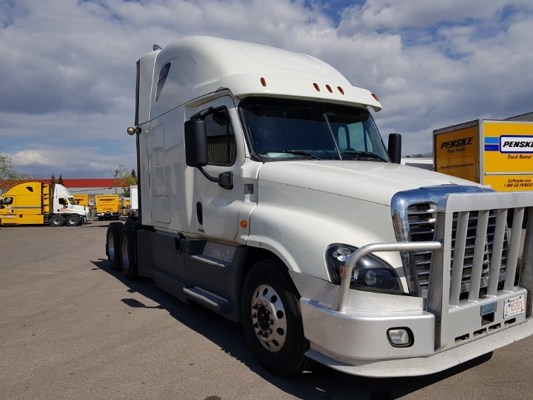 Sleeper Tractor-Heavy Duty Tractors-Freightliner-2016-Cascadia 12564ST-CALGARY-AB-678,224 km-$67,250