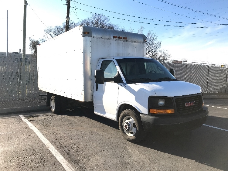 Light Duty Box Truck-Light and Medium Duty Trucks-GMC-2016-Savana G33903-NASHVILLE-TN-114,669 miles-$20,500