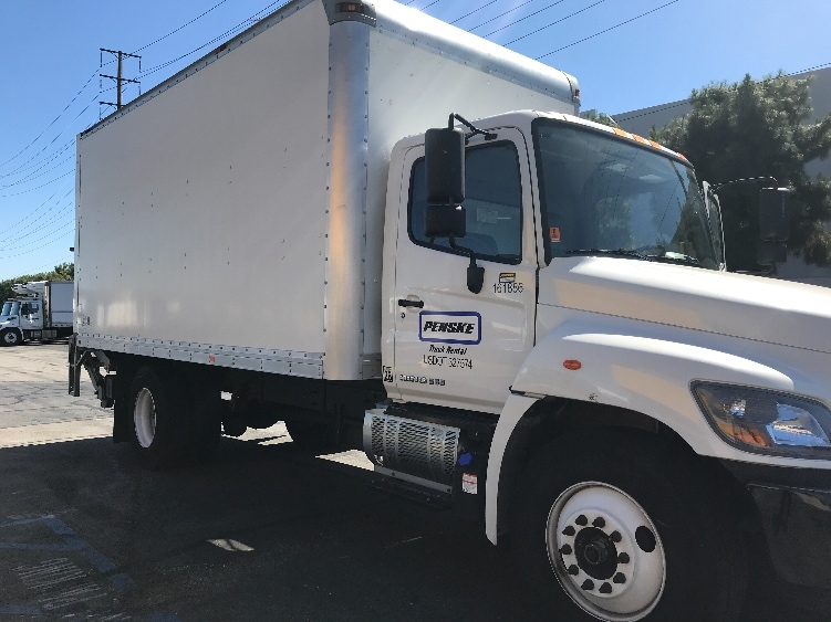 Used Medium Duty Box Trucks For Sale in CA - Penske Used Trucks