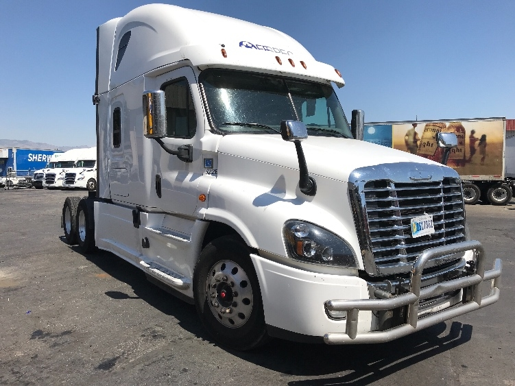 Sleeper Tractor-Heavy Duty Tractors-Freightliner-2017-Cascadia 12564ST-BOISE-ID-534,548 miles-$67,250