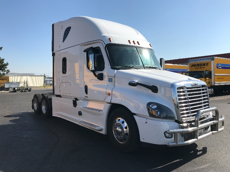 Sleeper Tractor-Heavy Duty Tractors-Freightliner-2017-Cascadia 12564ST-BOISE-ID-436,099 miles-$75,250