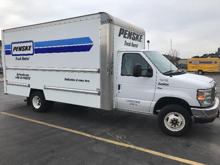Light Duty Box Truck-Light and Medium Duty Trucks-Ford-2016-E450-MISSISSAUGA-ON-84,563 km-$27,750