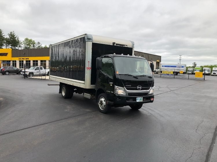 Medium Duty Box Truck-Light and Medium Duty Trucks-Hino-2017-195-LONDONDERRY-NH-172,387 miles-$23,500