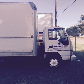 Medium Duty Box Truck-Light and Medium Duty Trucks-Isuzu-2006-NPR-BRYAN-TX-255,100 miles-$4,750