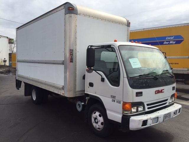 Medium Duty Box Truck-Light and Medium Duty Trucks-GMC-2005-W4500-BALTIMORE-MD-76,000 miles-$18,500