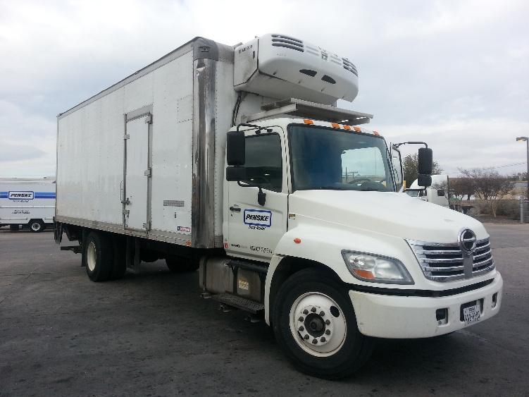 Reefer Truck-Light and Medium Duty Trucks-Hino-2009-338-DALLAS-TX-218,923 miles-$33,500