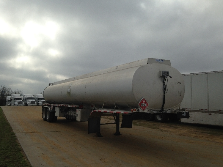 Other Trailer-Semi Trailers-YOUNGS TANK, INC-2004-Trailer-LAREDO-TX-465,958 miles-$32,000