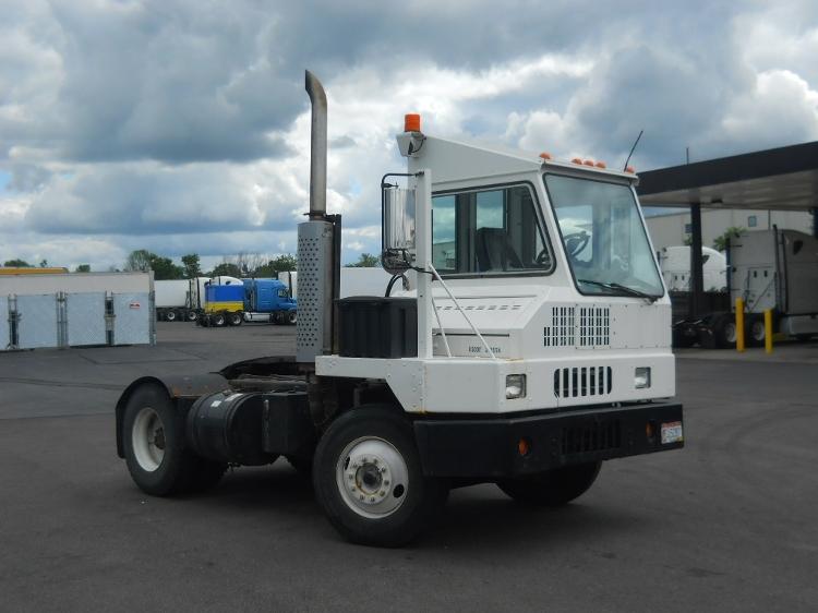 Yard Truck-Heavy Duty Tractors-Ottawa-2004-YT30-MEDINA-OH-83,136 miles-$26,750