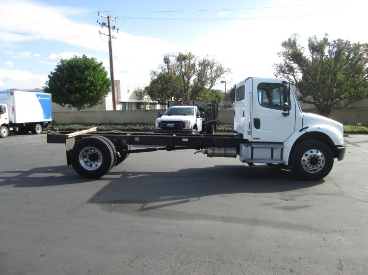 Cab and Chassis Truck-Light and Medium Duty Trucks-Freightliner-2011-M2-TORRANCE-CA-158,709 miles-$30,250